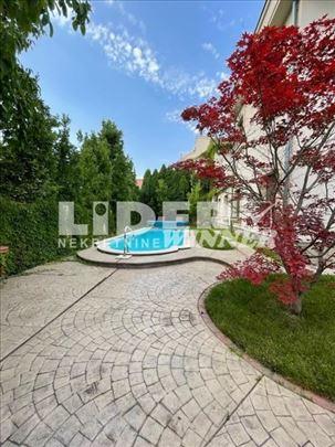 Kuća sa bazenom na Dedinju ID#99542