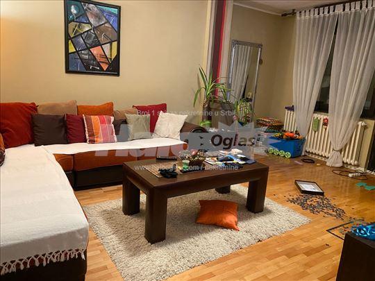Izdaje se stan u Pancevu, kotez2
