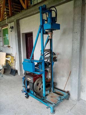Mašina za bušenje arterskih bunara