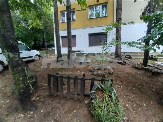 Izdajem stan u centru Sokobanje