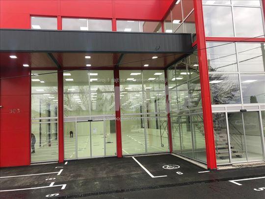 Nova poslovna zgrada-lokal u Vojvođanskoj 383
