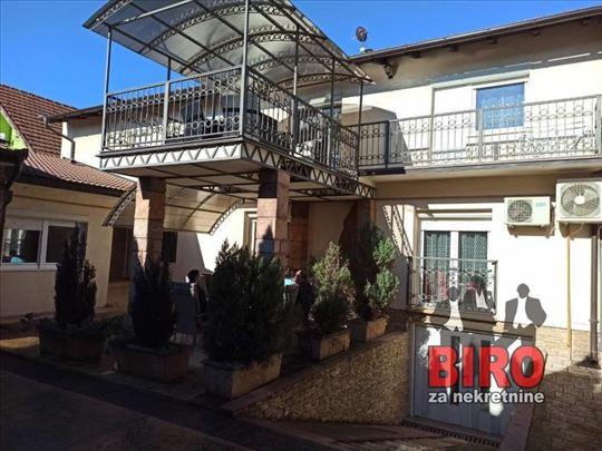 ~ prelepa kuća na samo par minuta od centra -