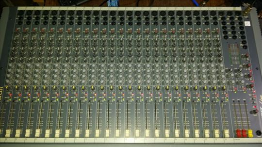 Soundcraft mikseta 24 kanala