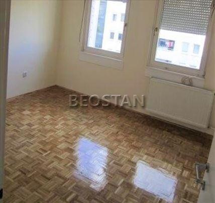 Novi Beograd - Arena Blok 25 ID#42419