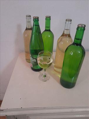 Domaće belo vino