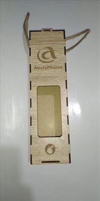 Ukrasna drvena kutija za flase