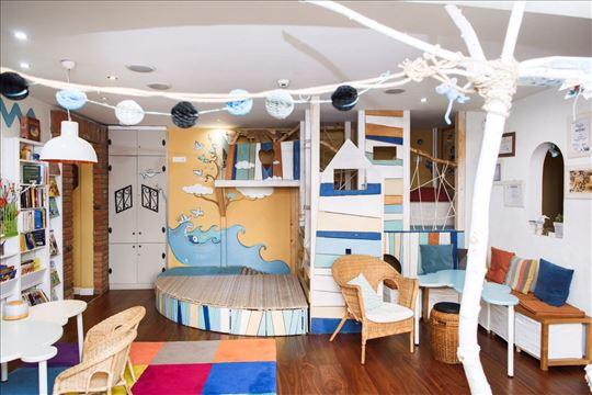 Četvorosoban stan, 111 m2, prizemlje, Blok 22, Nov