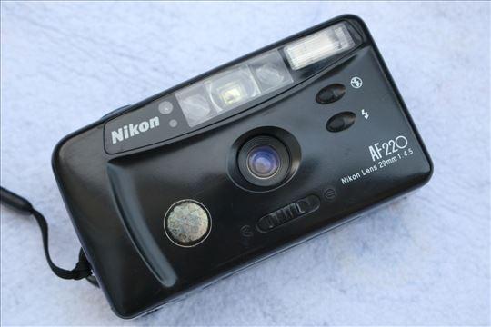 Nikon AF220