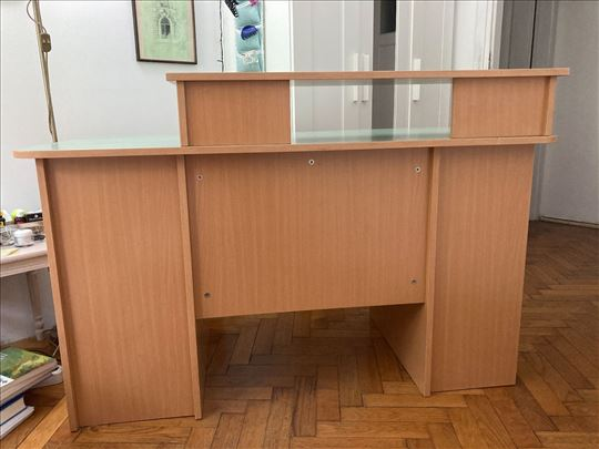 Radni/kompjuterski sto