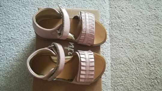 Naturino sandale hodajuce