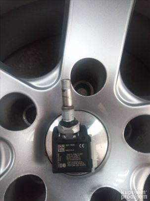Senzori pritiska u gumama Mercedes od 2015-2021