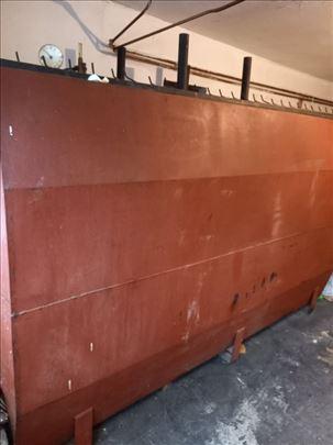 Cisterna metalna na prodaju (3.000 litara)