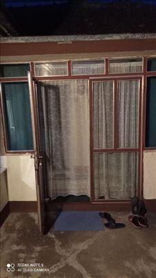 Metalna vrata od kutijastih profila 4x4 cm