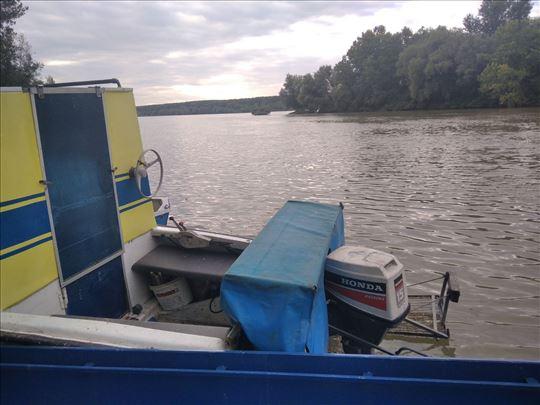 Adria Plastični čamac