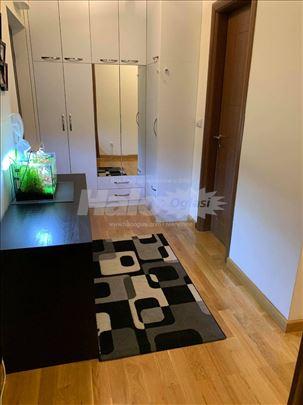 Zvezdara-Đeram, 2.0 uknjižen noviji stan i garaža