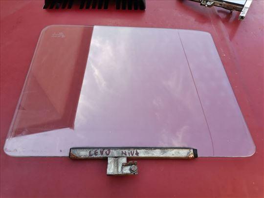 Staklo levih vrata Lada 2121 Niva