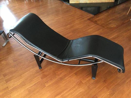 Sofa - Le Corbusier