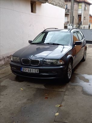 BMW 318 E46