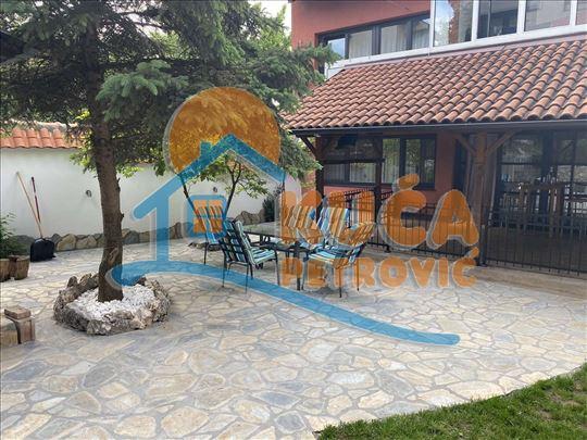 LUX KUCA,PALILULA,HOTEL ALEKSANDAR,3.88 ARI PLAC,2