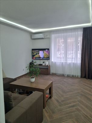 Krunska, Đure Salaja, mali salonac, 35m2, 114000e
