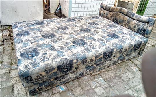 Bracni krevet 9000din+20 kreveta po 6500din Zemun