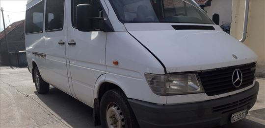Sprinter 208, 308 D delovi
