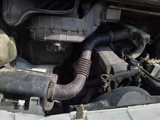 Sprinter 208 D motor