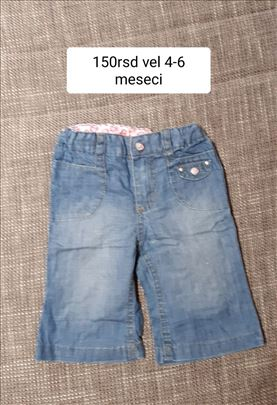 pantalone za bebe vel.4-6m 150rsd