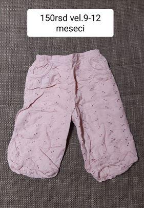 pantalone za bebe vel.9-12m 150rsd