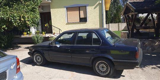 BMW  324.D