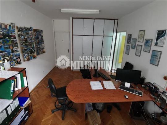 Poslovni prostor u Kralja Milana ID#1072