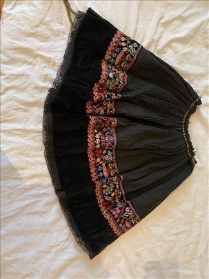 Suknja-Homoljska narodna nosnja