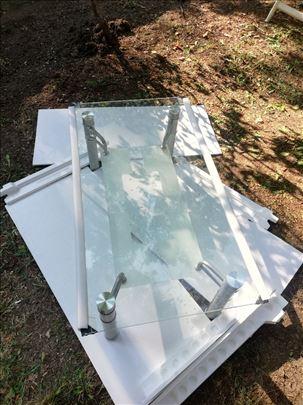 Stakleni sto na prodaju