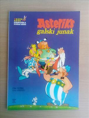 Asteriksov zabavnik 1 - Asteriks galski junak