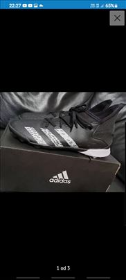 Nove Adidas patike za fudbal
