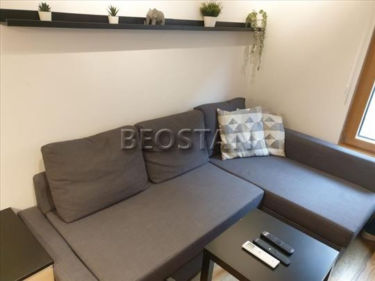 Novi Beograd - Wellport - Exing Home ID#44176