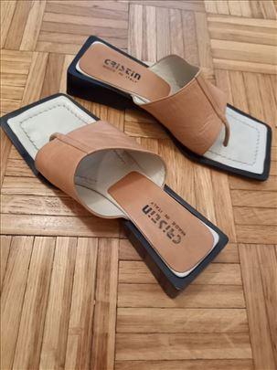 Zenske papuce italijanske kozne broj 38