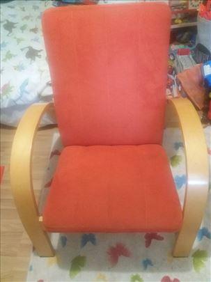 Komplet kauc na rasklapanje i 2 fotelje