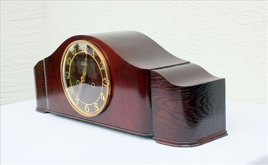 Stari sat kaminac, marke Lauffer.