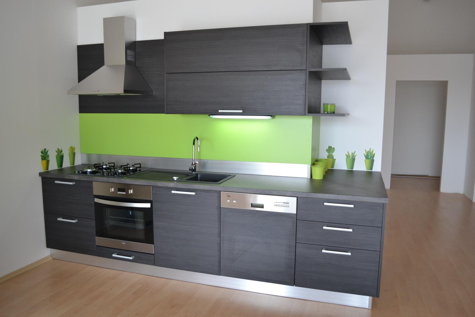 za kuhinje po meri od 120 za ugradne plakare od 60 evra po kvadratu halo oglasi. Black Bedroom Furniture Sets. Home Design Ideas