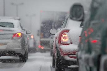 5 zlatnih zimskih pravila vožnje