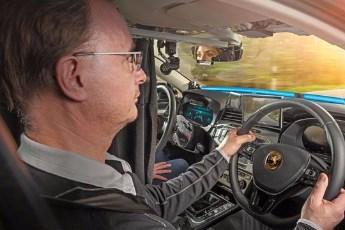 Continental razvija automobil sa dva volana? Pogledajte zbog čega