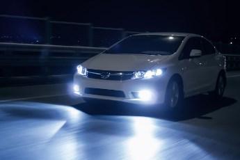 Kako koristiti svetla u noćnoj vožnji?