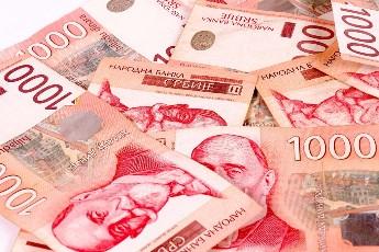 Prosečna neto plata u maju 47.136 dinara - u odnosu na isti mesec 2016. zarada manja za 4,5%