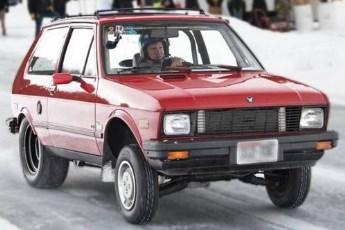 Yugo sa V8 motorom na ledu? (Video)