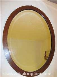 Ovalno ogledalo