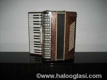 Harmonike 80 i 32 basa