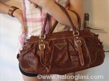 Original Prada torba iz Amerike