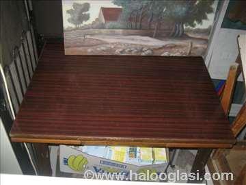4 trpezarijska stola i stolice
