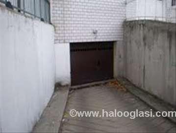 Novi Beograd, garaža u blizini Arene